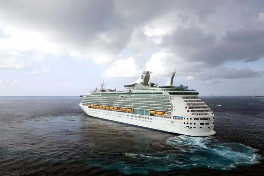 خطوط کشتی کروز آمریکا تصمیم گرفتن باز در کارائیب لنگر بی اندازند