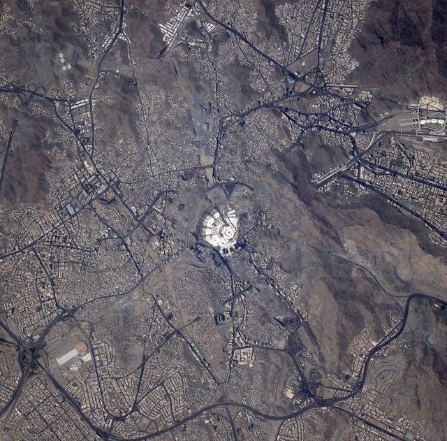 تصویری که آژانس فضایی اروپا برای تبریک عید قربان منتشر کرد