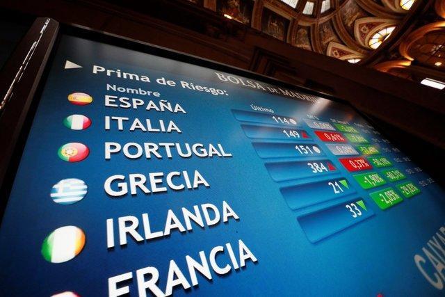 صعود بورس های اروپایی و وال استریت در روز بد دلار