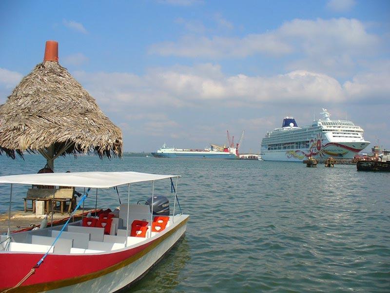 بهترین مقاصد سفر با کشتی کروز