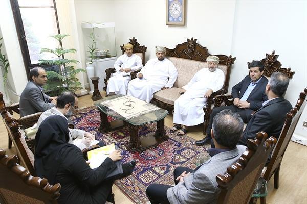 صنایع دستی ایران در دنیا پیشرو است، عمان آماده تقویت و تداوم همکاری ها با ایران است