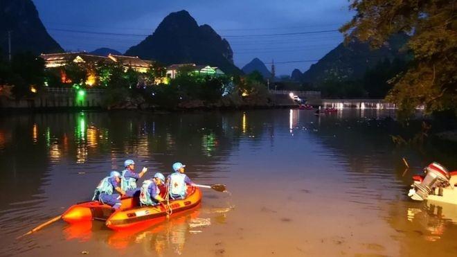 17 نفر در حادثه واژگونی قایق در چین کشته شدند