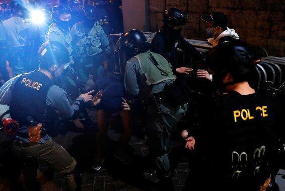 اکثر هنگ کنگی ها حامی جنبش ضد دولتی هستند
