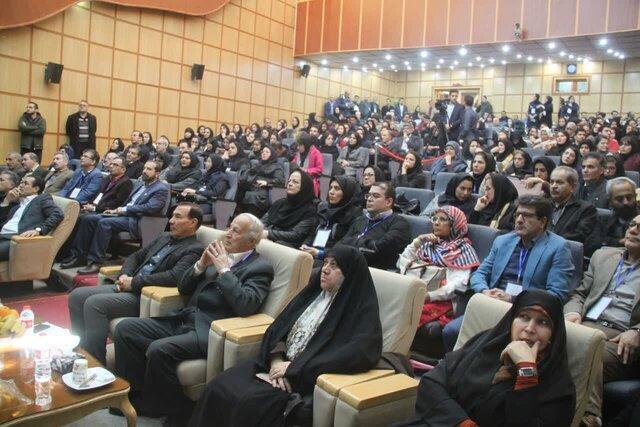 کنفرانس بین المللی افق های نو در مطالعات زبانی در تبریز شروع بکار کرد