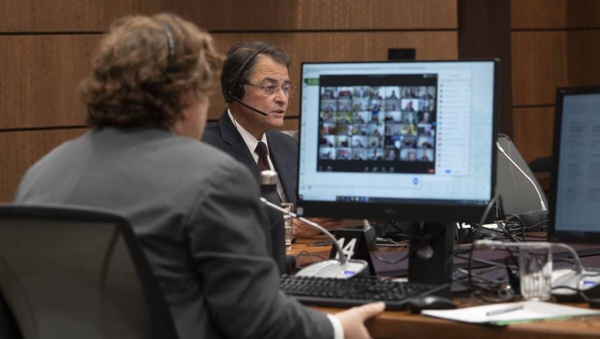 خبرنگاران مجلس کانادا در بحران کرونا جلسات مجازی برگزار کرد