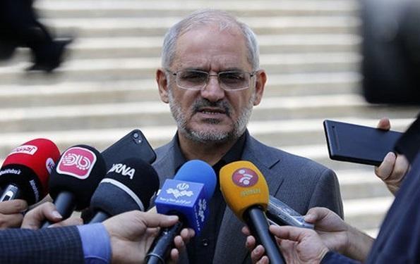 حاجی میرزایی: همه دانش آموزان باید در سر کلاس های درس حاضر شوند