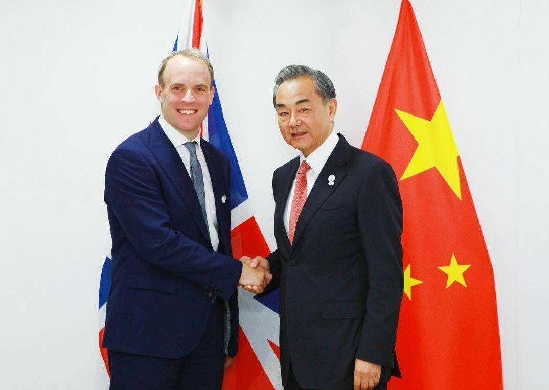 خبرنگاران چین بزرگترین صادرکننده کالا به انگلیس