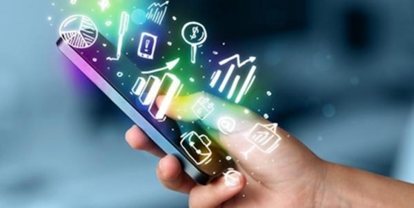 تلاش 8 شرکت دانش بنیان برای توسعه بازار تلفن های هوشمند تولید داخل