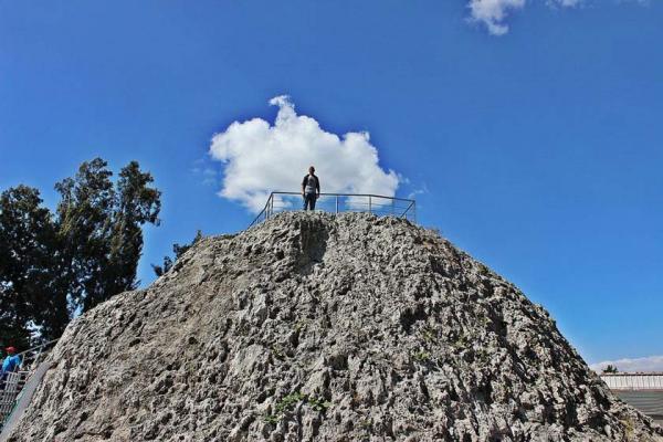سفر به داخل آتشفشان مرده در مکزیک
