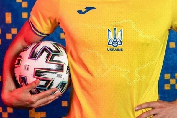 جنجال عظیم پیراهن تیم ملی فوتبال اوکراین (عکس)