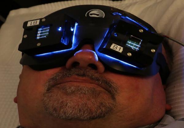 وقتی نور آلزایمر را درمان می نماید!